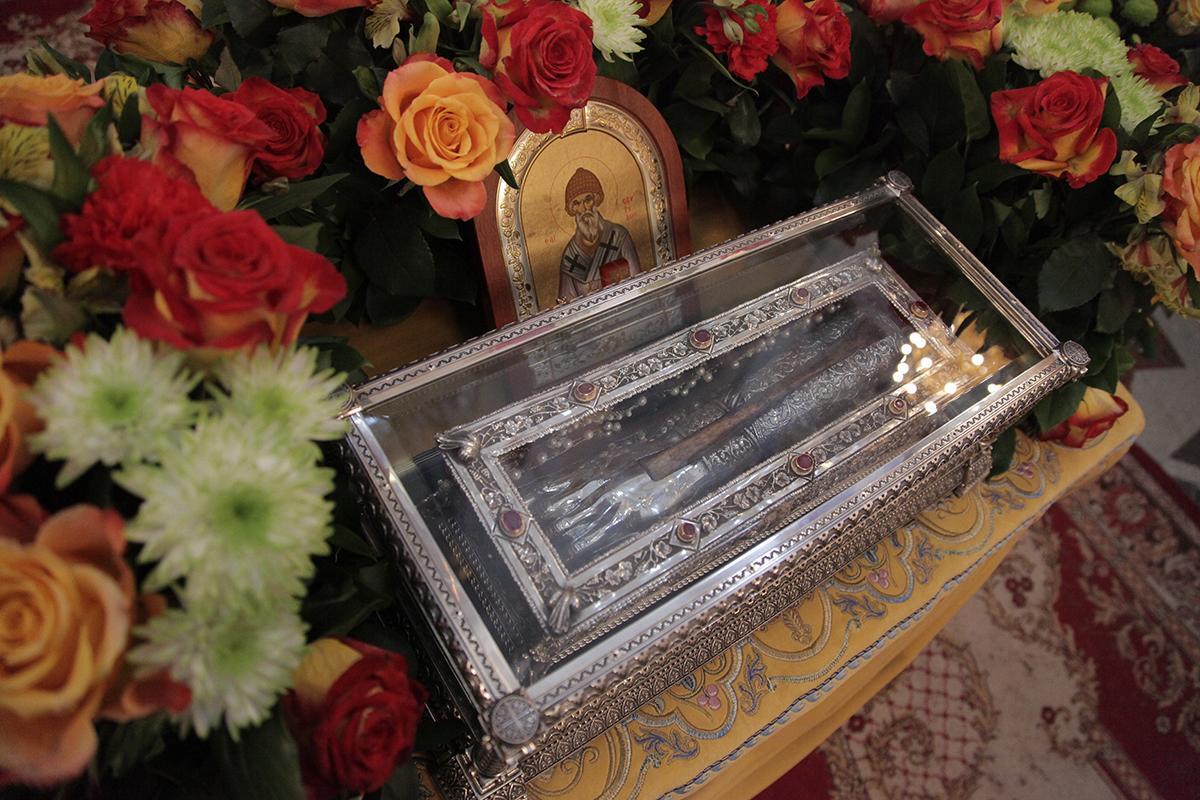 фото гроба спиридон тримифунтский аромат способен подарить